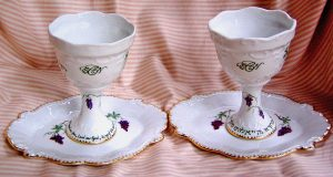 Hand painted, personalized Wedding Kiddush Cup Set in porcelain, for bride and groom